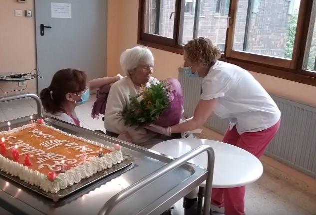 Cesárea A cumple 100 años, ¡felicidades!